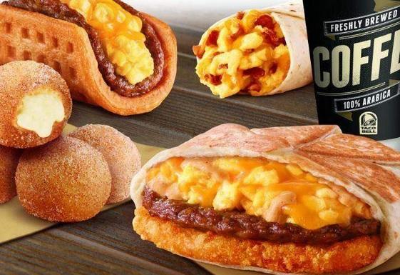 brekkie crunchwrap pizza hut